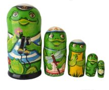 """Green toy Russian Nesting dolls - """"Frog"""" T2104007"""