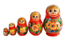 Red toy Traditional red matryoshka 5 pieces T210418