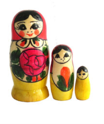 Red, Yellow toy Classic 3-piece nesting doll T2104075