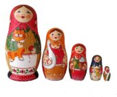 Brown, Green, Red toy Nesting dolls - Family 2105015